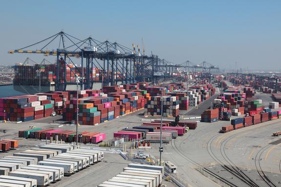 美, 현지 기항 선박에 수출화물 선적 강제하는 법안 추진할 예정